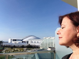 Sochi 2014 Azimut Hotel, taustalla Fisht Stadion